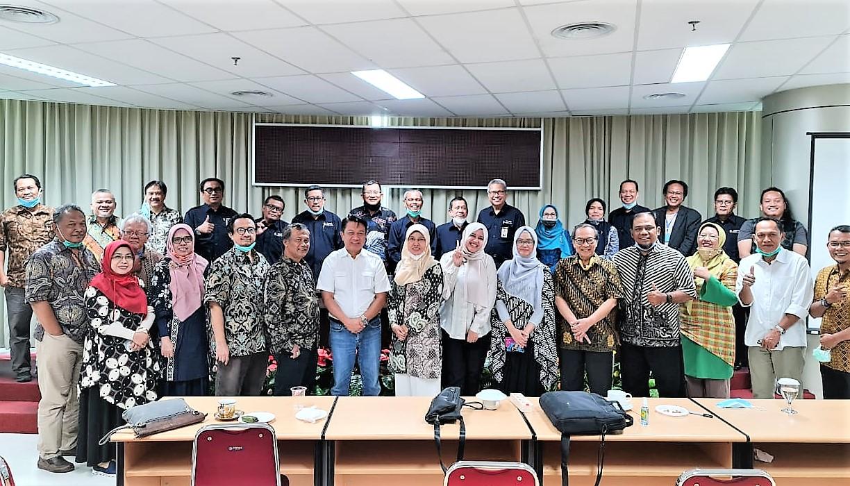 Fakultas Ekonomi dan Bisnis Universitas Nasional, Jakarta menandatangani kerjasama pendidikan dengan Fakultas Ekonomi dan Bisnis Universitas Hasanuddin, Makassar. Kerjasama dilakukan untuk pendidikan program magister (S-2) dan doktoral (S-3).
